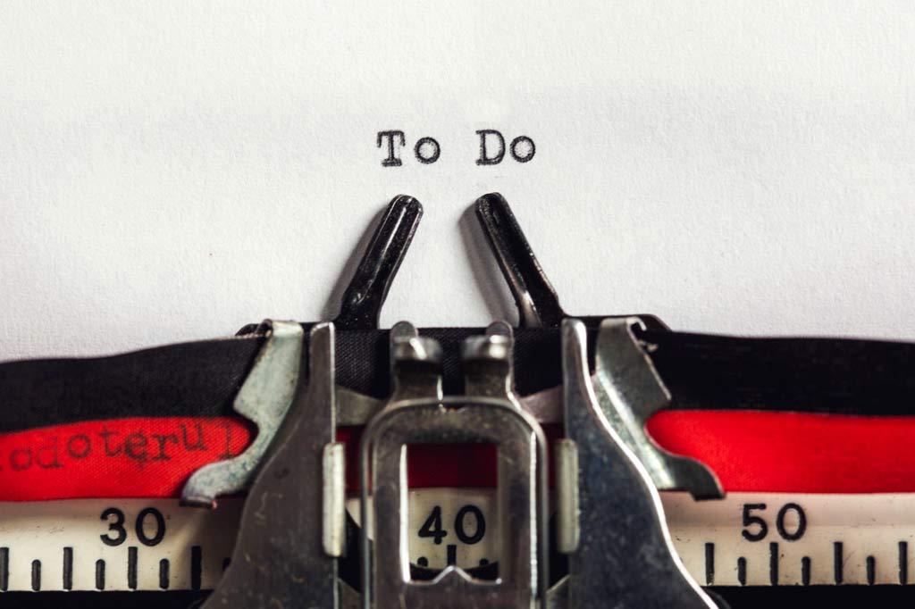 Typwriter Beginning a To Do list